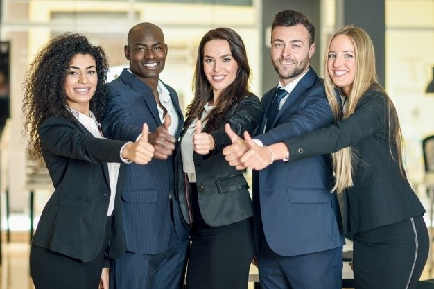 group-of-businesspeople-with-thumbs-up-gesture